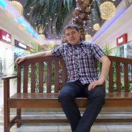 Двадцатилетний парень ищет девушку или женщину для секса без обязательств, в Петрозаводске.