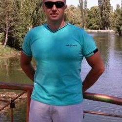 Парень из Петрозаводска, ищу девушку любого возраста для страстного вечера или ночи