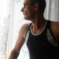 Парень, ищу девушку в Петрозаводске для секса без обязательств