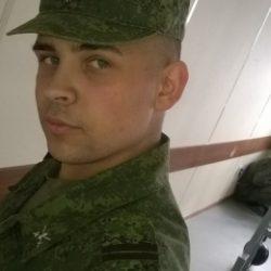 Симпатичный парень из Петрозаводска. Ищу толстушку)