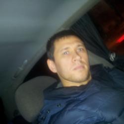 Парень из Петрозаводска скучает, ищет для секса девушку